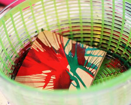 kids-stationary-DIY-craft-inspiration-idea-process-spin-art.jpg
