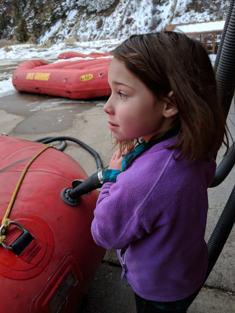 This is Elsie. She's 6. She's in charge of the Happy Paddler Program and Head Raft Inflator. - At Defiance Rafting, we think there's nothing more awesome than introducing kiddos to the thrill of whitewater rafting. Our Happy Paddler program makes sure your little adventurer's first time on the water is a positive, fun-filled experience.