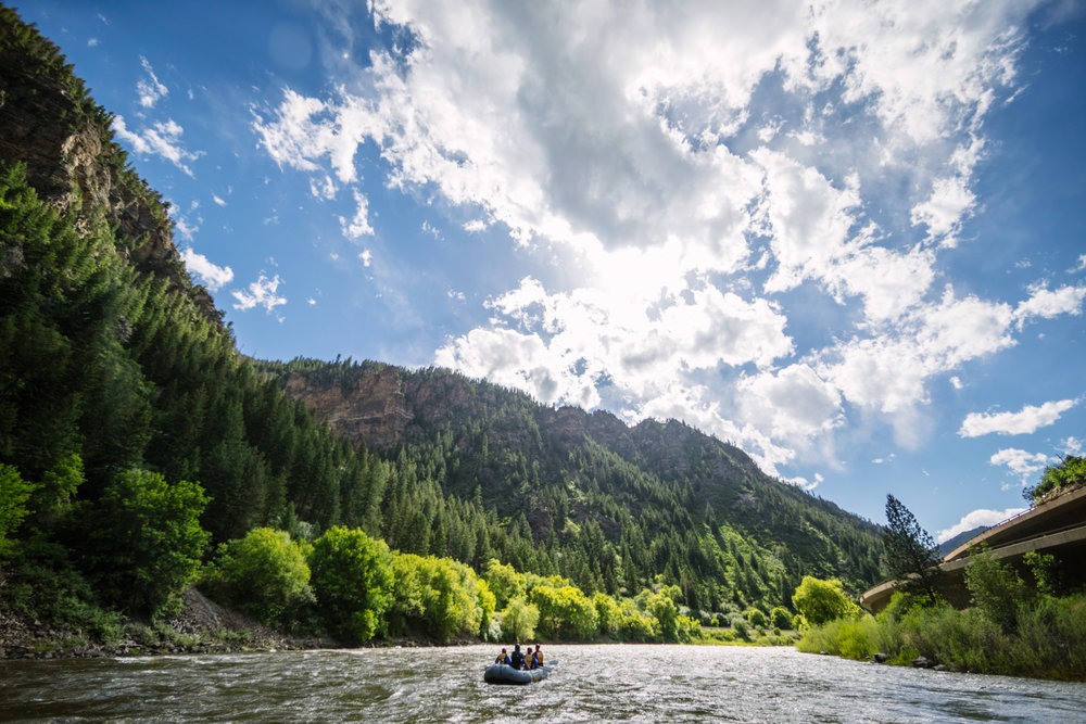 GLENWOOD CANYON SCENIC FLOAT - OUR LAIDBACK TRIP: KICKBACK, RELAX AND LET THE VIEWS DO THE WORK