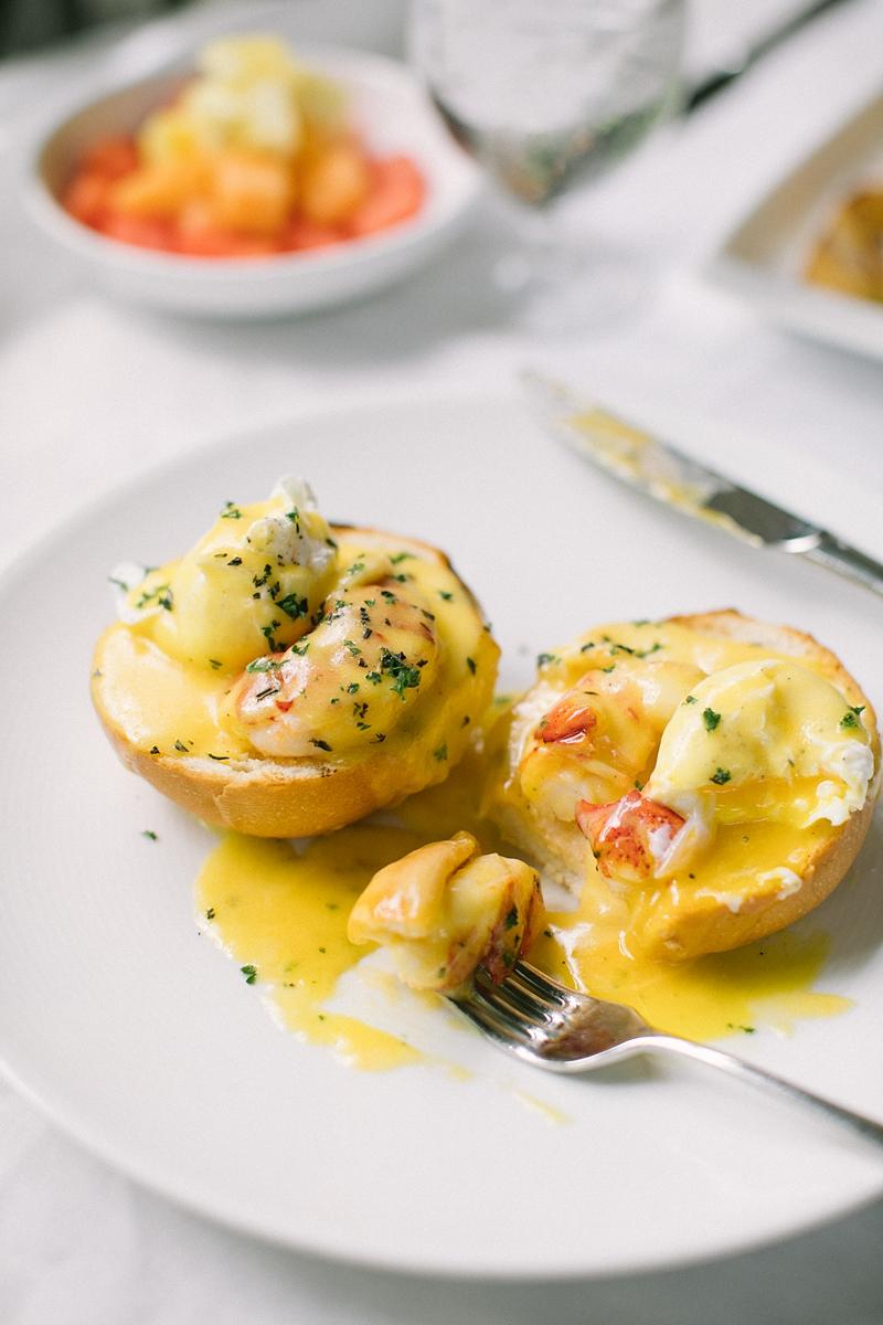 Extra Virgin Bistro, Maine Lobster Eggs Benidict