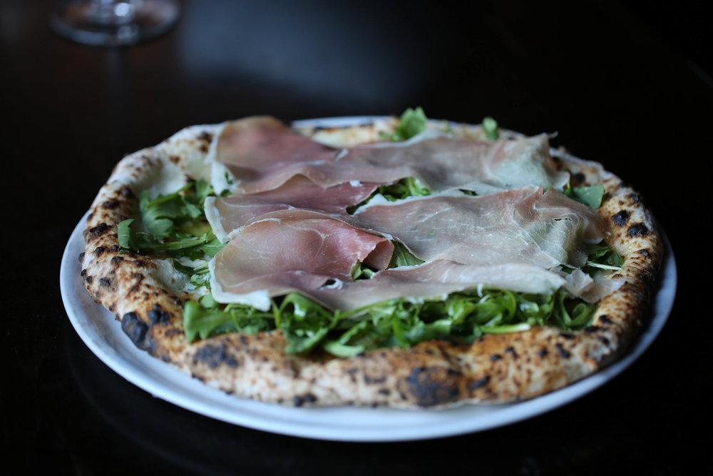 Pizza e vino plymouth mi