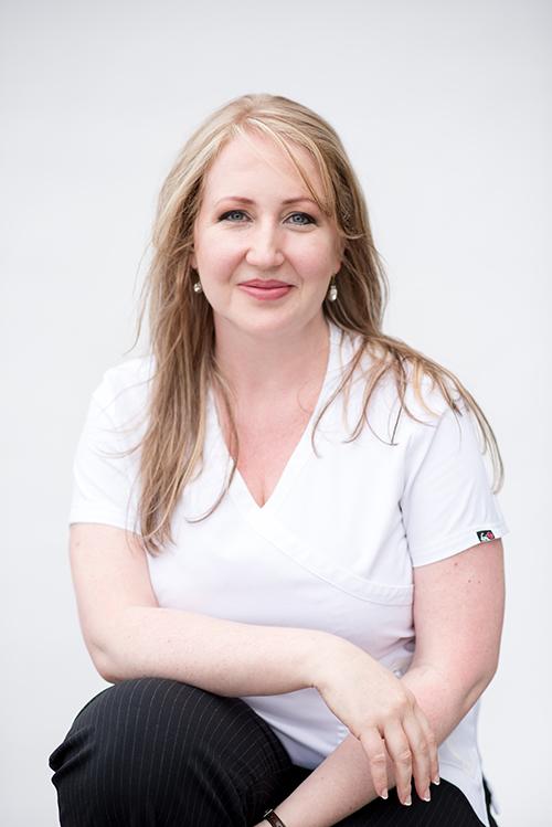Dr Caitlin Visser_web.jpg