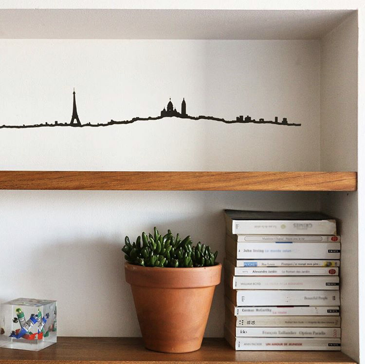 The Line - The Line turns iconic cities into beautiful, timeless lines, either black or golden, small or large.