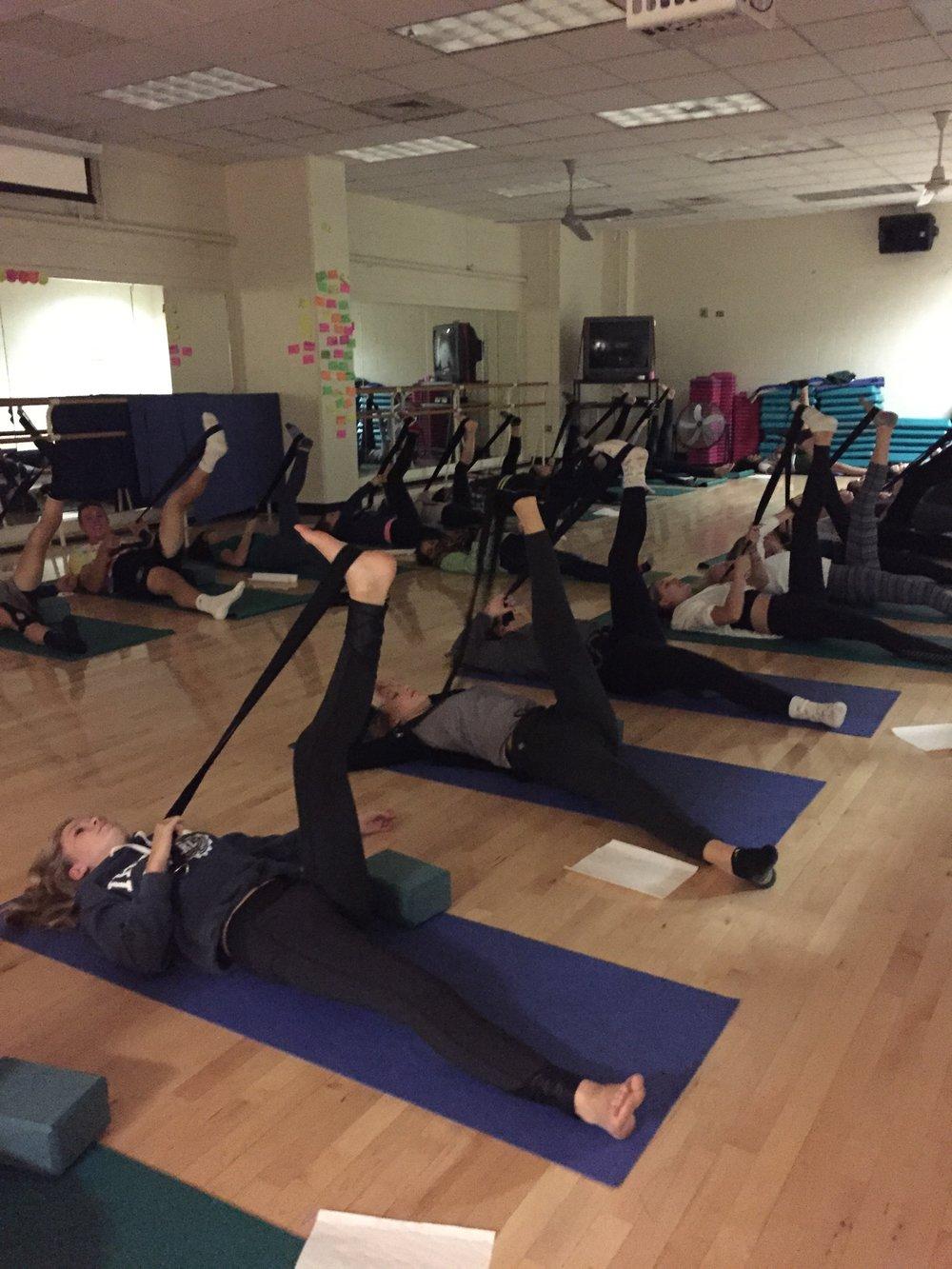 gdub yoga club 6.jpg