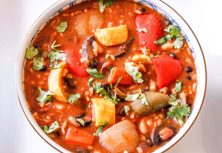 Chunky Vegetable Chili with Rice
