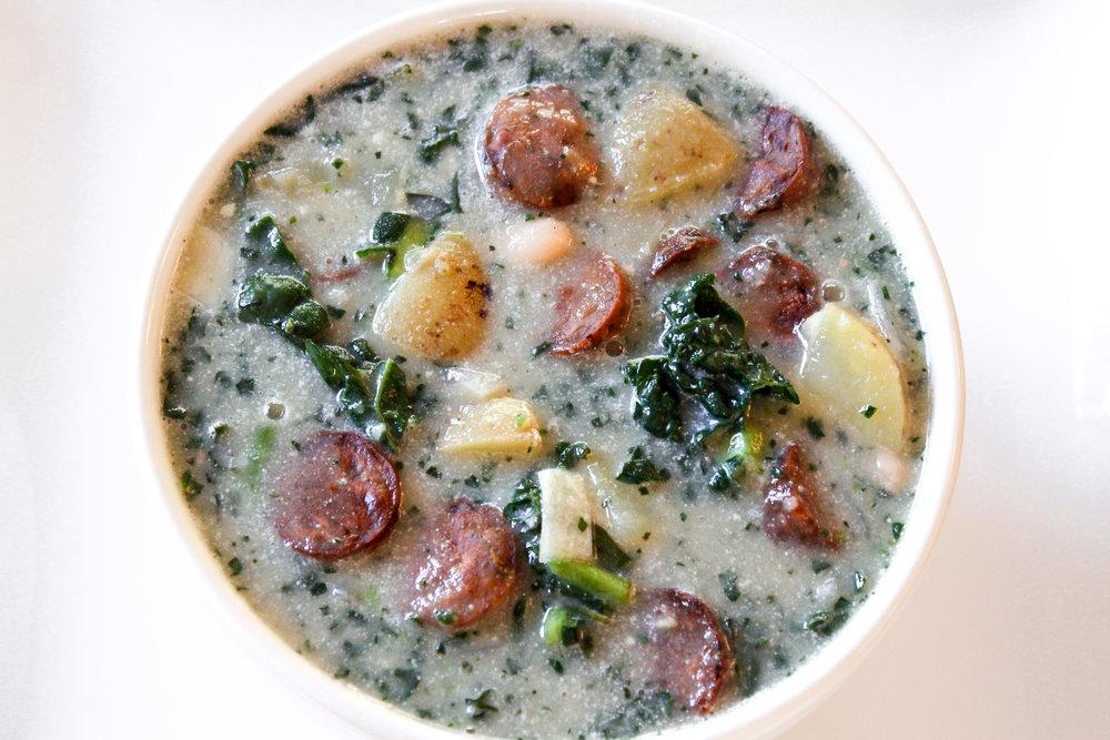Chunky & Creamy Potato, White Bean, & Kale Soup