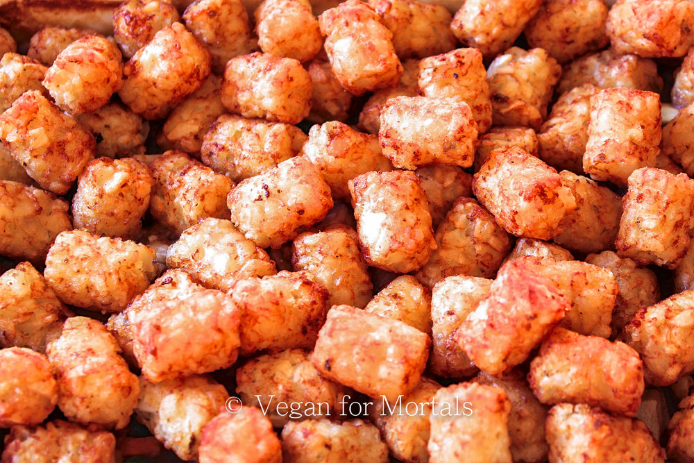 Tater Tot Casserole - I flipping LOVE tater tots. I know, I know, they're not the healthiest thing you can eat, but I'm a fan of emotional wellness and this awesome casserole.