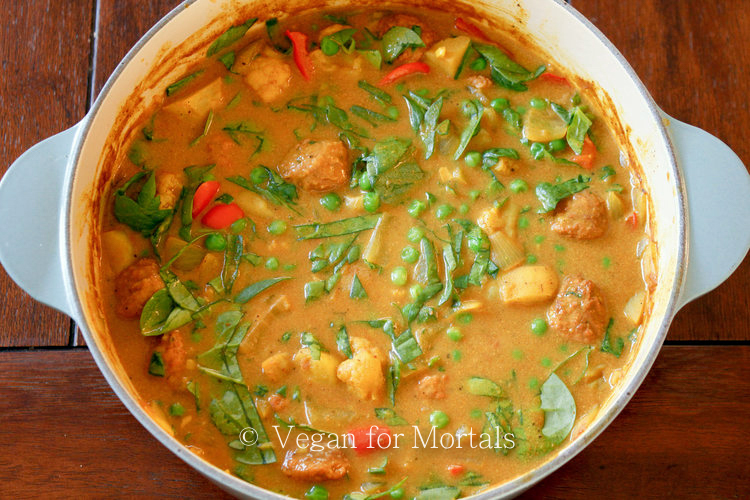 Vegan Korma - Korma is one of my FAVORITE things to get when I go out for Indian food. It's a little spicy, saucy, and so delicious. I've made a new version with a few substitutes that makes this a super tasty dinner on those cold winter nights!