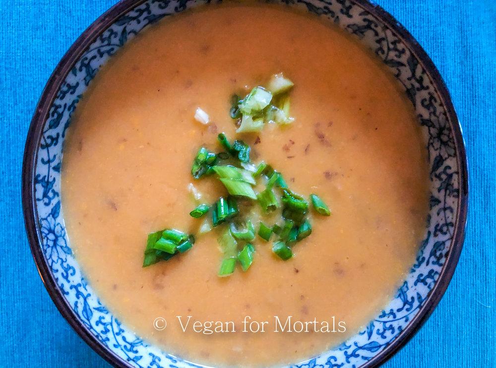 Golden Cauliflower & Potato Soup