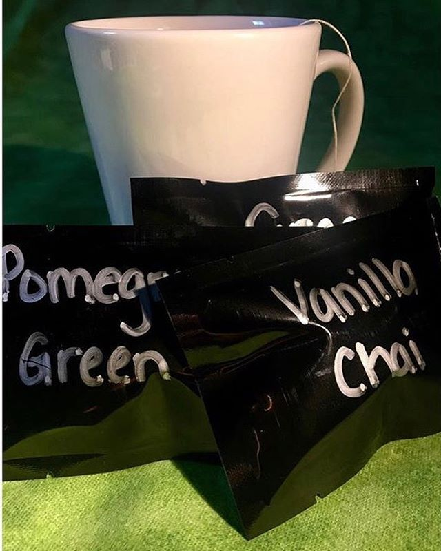 """I'm having a promo on tea packets right now via my site!  4 tea packets plus 2day shipping for $20 only!  Single packets are $4 ea! Orders can be placed online or via cash app! $ediblesbyb please leave your email in the """"FOR:"""" section so you can be contacted for your flavors and additional information! All orders placed by tomorrow will go out on Wednesday for Friday arrival ! ☕️ #hellabakedbyb #hellabaked #herbaltea #tea #medicinaltea #thc #cbd #vanillachai #lemon #greentea #pomegranategreentea #blacktea #winter #cannabiscommunity #cannabispeople #420community #420 #edibles #herbal #freshtea"""