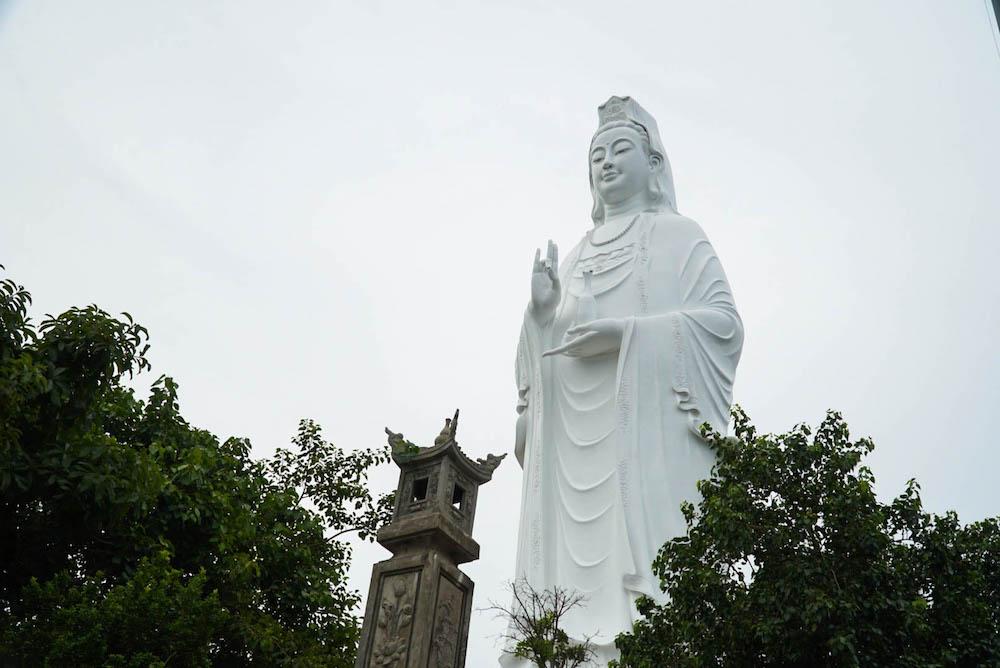 GOAL TRAVELER DA NANG VIETNAM LADY BUDDHA.jpg