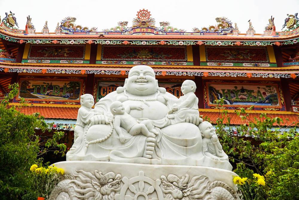 GOAL TRAVELER DA NANG VIETNAM BUDDHA TEMPLE.jpg