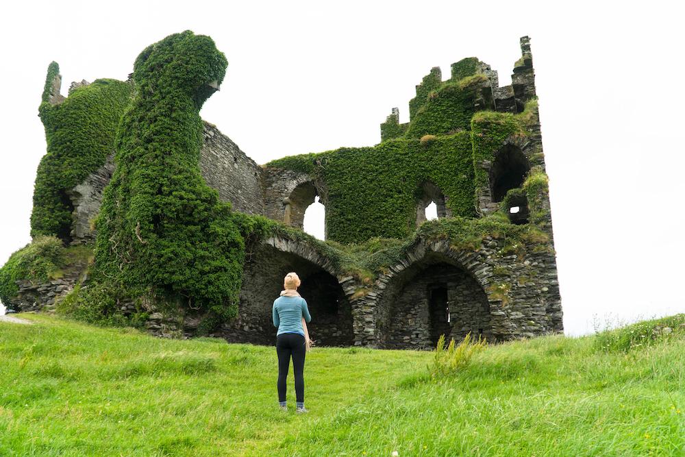 GOAL TRAVELER- BALLEYCARBERRY CASTLE IRELAND.jpg