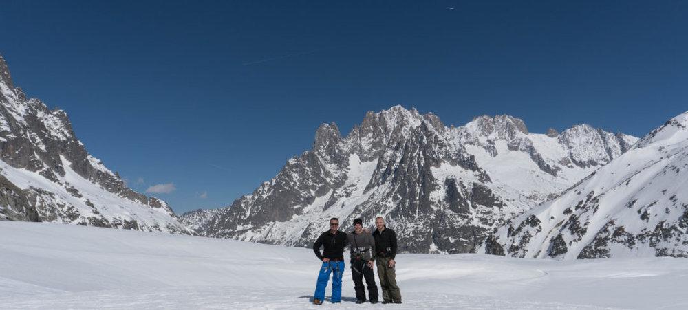 GOAL TRAVELER CHAMONIX FRANCE SNOWBOARD.jpg