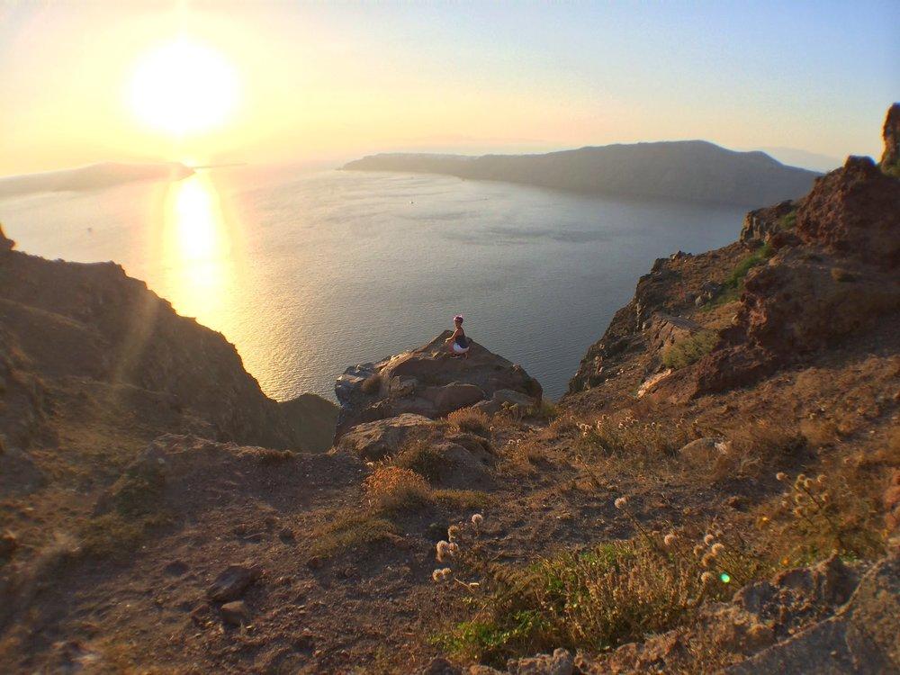 GoalTraveler_Sunset_SkarosRock_Santorini.jpg