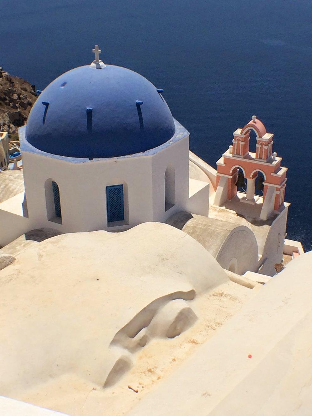 Goaltraveler_Santorini_Church.jpg