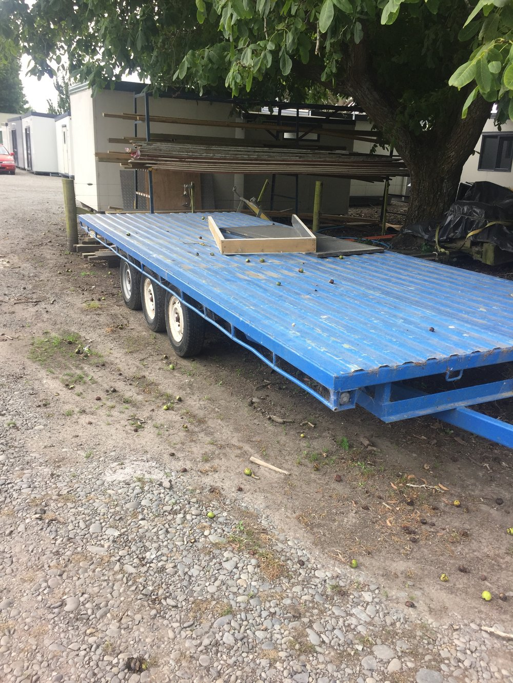 HiTech 6 wheel flat deck transportable trailer.JPG