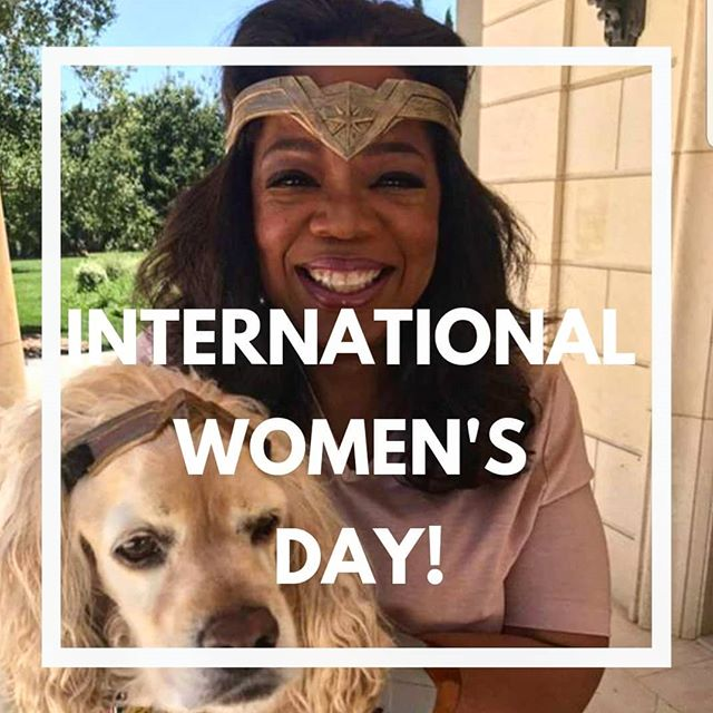 💪👩👩🏻👩🏼👩🏽👩🏾👩🏿 💪 Always inspired by Miss Oprah Winfrey and the love she had for her dogs.  One of the most giving celebrities who has used her platform via media to educate, inspire, connect with millions of people around the world, on top of looking after her 5 dogs (Luke, Layla, Sadie, Sunny and Lauren). We hope B&H can use our platform to do a 1/100th of Oprah's good deads! 🙏😙🐾 . . 🐶Team @B&H