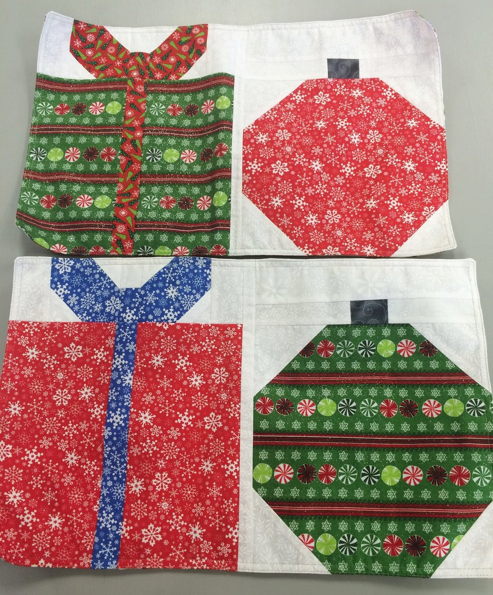 oct 29th sewing for christmas placemats napkins - Christmas Placemats And Napkins