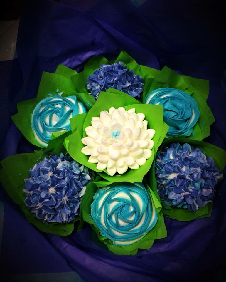 bouquet cupcake.jpg