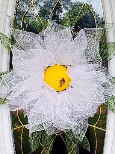 daisy flower wreath.jpg
