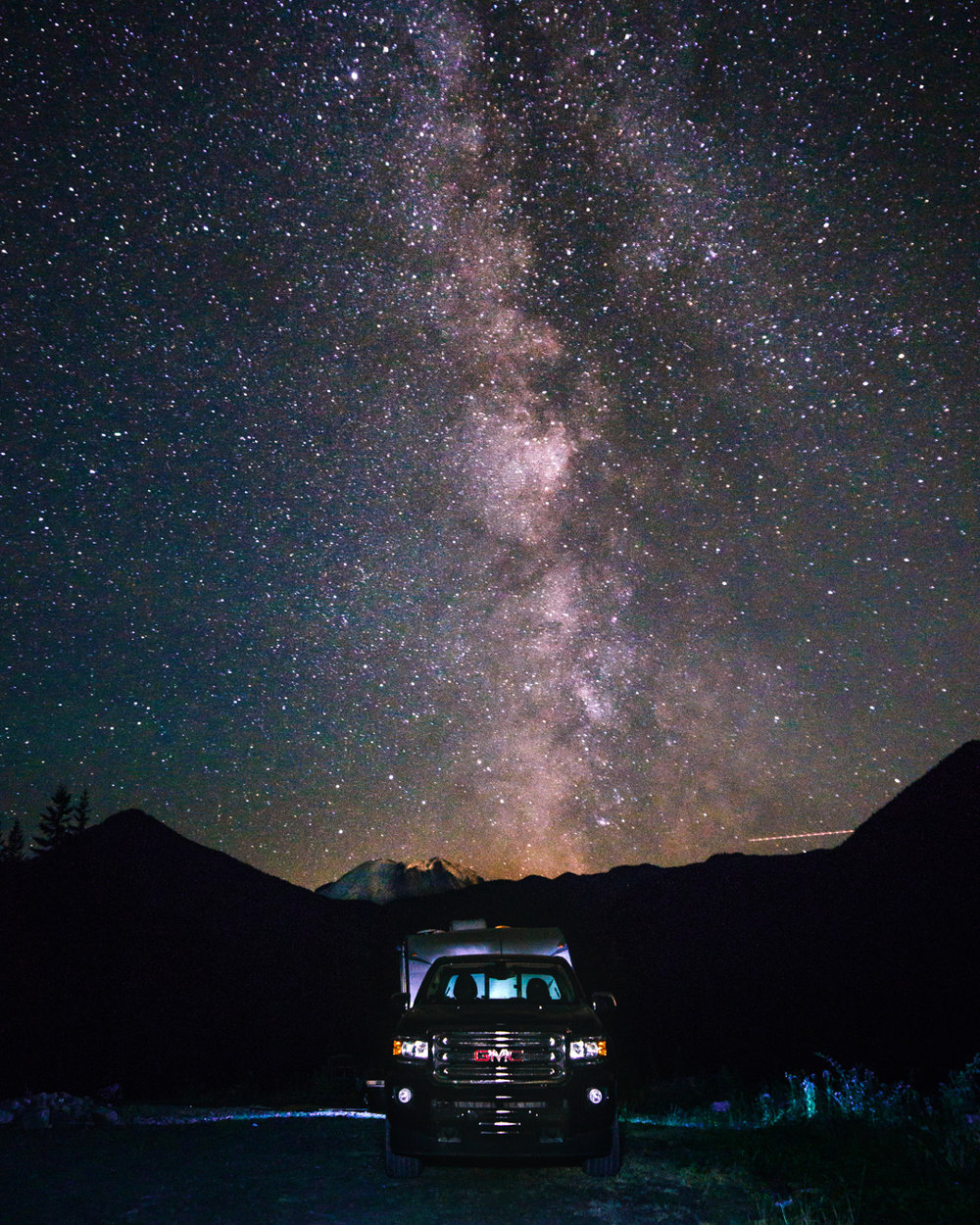 Our boondocking spot near Mt.Ranier is quite easily one of our top boondocking spots ever. With a little curiosity we were able to find this spot, and were treated to Milky Way views at night. The daytime views were just as epic!