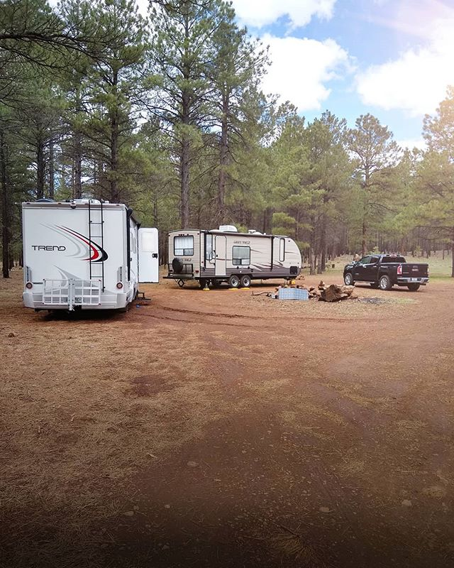 Made it back to one of our favorite spots in Flagstaff, AZ. ☀️🌲🚐🌲 We're getting things sorted out with our rigs so for now we're taking over this slice of boondocking heaven. 🤷‍♂️🤣 Also, super pumped for Overland Expo; we'll be sure to share some of our favorite finds on our Stories so keep an eye out for some sweet rigs this weekend. 🚚🚛 Enjoy the view, #Roamies #KeepRoaming --- #LiveExploreSavor #roamingremodelers #rvlife #overlandlife #vanlife #travelbyland #travelmore #travelalways #exploretocreate #exploremore #visitarizona #arizonacollective #overlandexpo #lifestyledesign #boondocking #winnebagolife #likeapro #phonepic #offgrid @visit_arizona @arizonaisgorgeous @see_arizona @overlandexpo @winnebagorvs @gmc