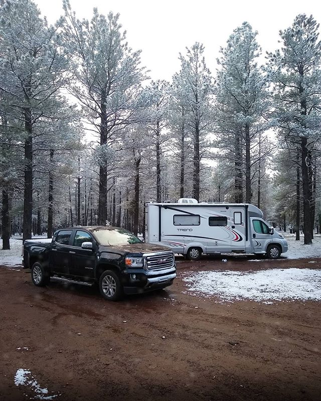 What a difference a few days makes. Last time you saw our campsite, the sun was shining & it was in the upper 60's. Not anymore! ❄️🤷‍♂️🤣 @overlandexpo is a wrap, & it all seems like a blur. We had such a great time catching up with old friends, & making new friends too. The people in this community are really awesome. As cool as the rigs, gear, & equipment are, it's the community that brings us back every year. 🙌😊 For now, adventure on, friends! We'll see you down the road. 🚚🚛🏕️ Something tells us our truck won't look the same by the time next year's show rolls around. 😎 . Enjoy the view, #Roamies #KeepRoaming --- #roamingremodelers #overlandexpo #overlandlife #travelersnotebook #travelalways #travelbyland #vanlifediaries #vanlife #vanlifedreams #gmc #gmccanyon #likeapro #visitarizona #snow #springsnow #thecreatorclass #exploretocreate #explorearizona #exploremore #winnebagolife #overlander