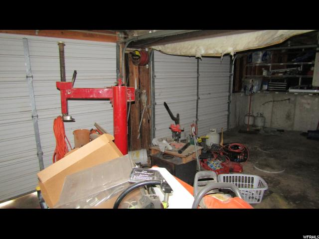 beforephoto_garage.jpg