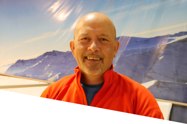 ski centre instructor phil dagg