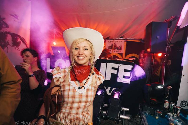 Partfield Dorset party in a field festival 7.jpg