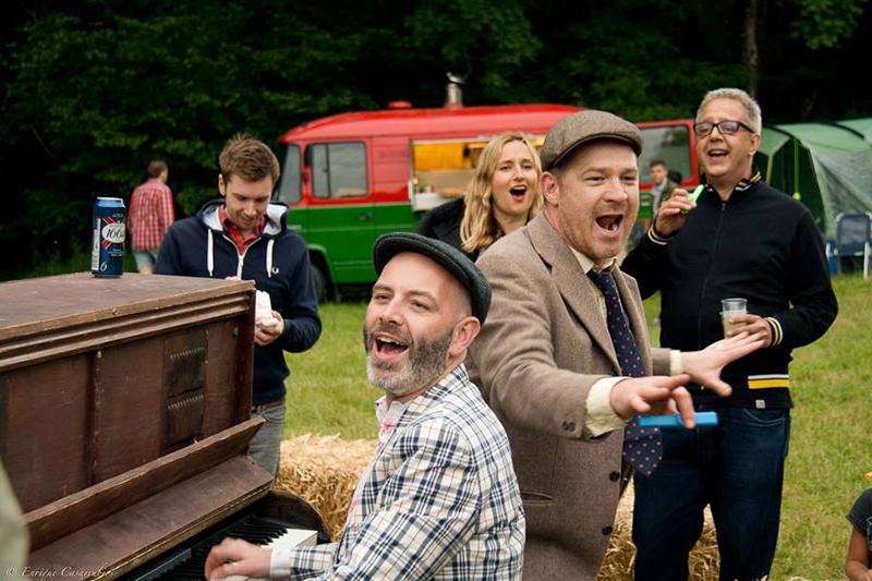 Partfield Dorset party in a field festival 4.jpg