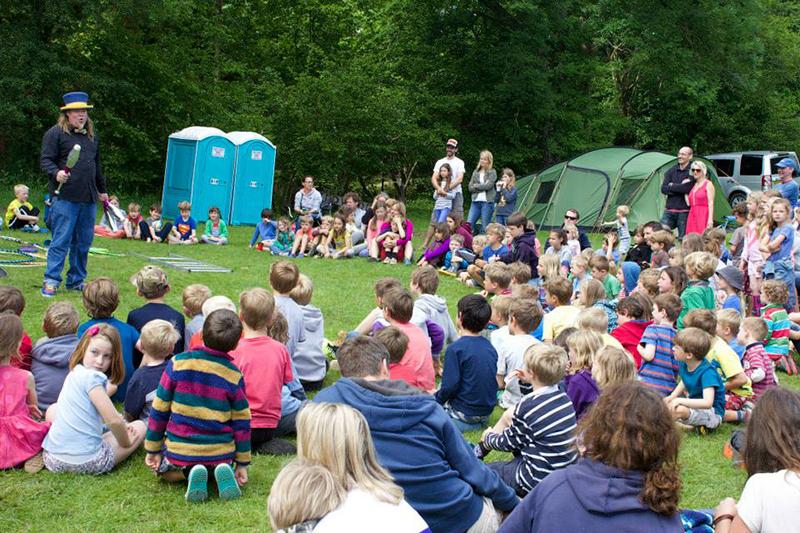 Partyfield Dorset childrens entertainer .jpg