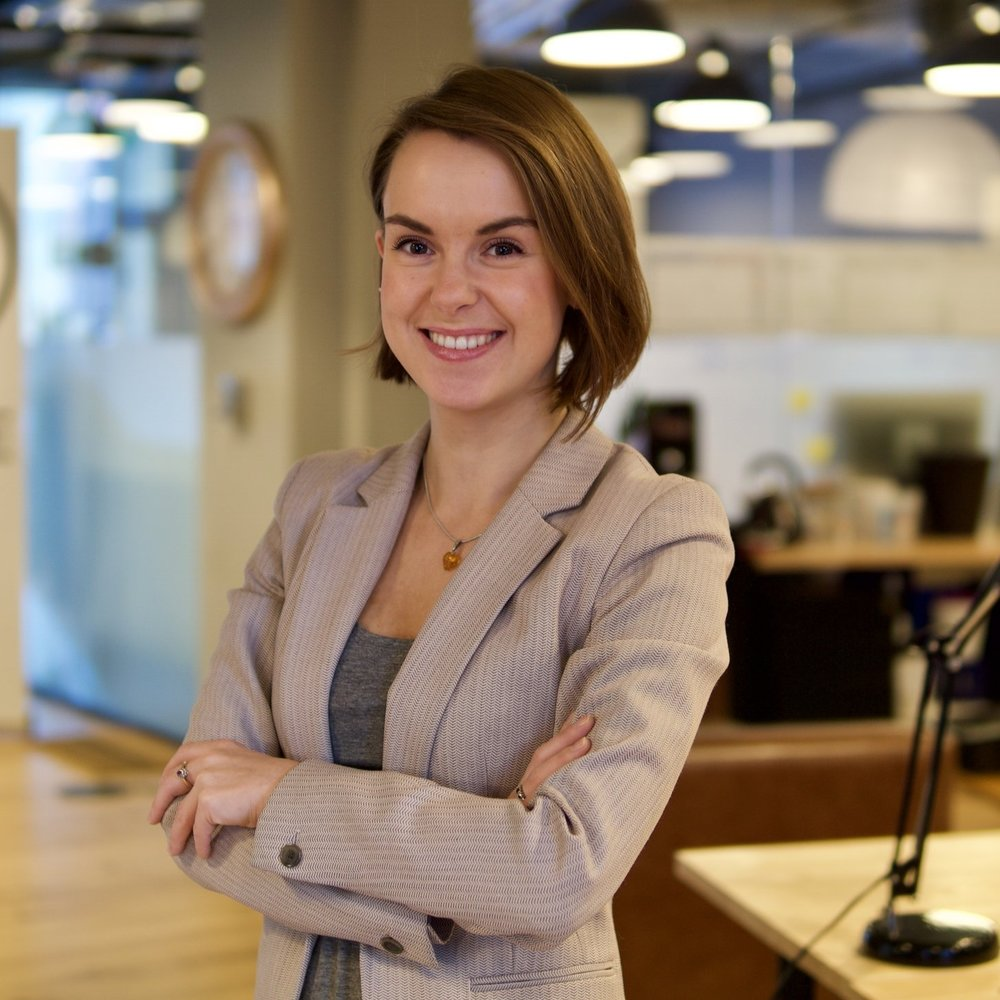 Laura Bailey, Chairperson of Qadre   Laura is a leading entrepreneur in the field of blockchain technology and a trailblazer for women in fintech. She has co-founded three successful blockchain ventures, is Spokesperson for the British Blockchain Association and is currently developing Qadre into a global technology leader - working with UK parliament, industry, and regulators alike to drive policy and cultural changes to technology. Laura is a regular speaker in domestic and international governments, regulators, and NGOs, promoting technology for good. Laura has an extensive background in finance and began her career at HSBC across a variety of areas, including Leveraged Finance, Marketing, and Corporate Banking.