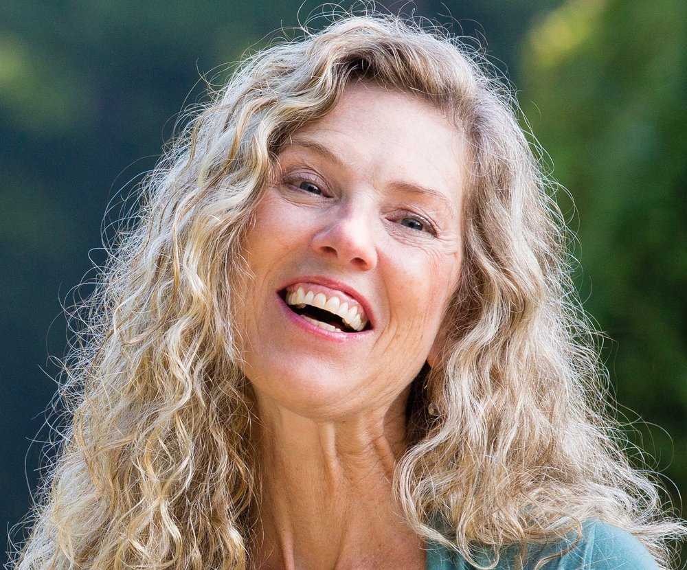 Mary Campbell<br/>Women's Empowerment<br/> and Intimacy Coach