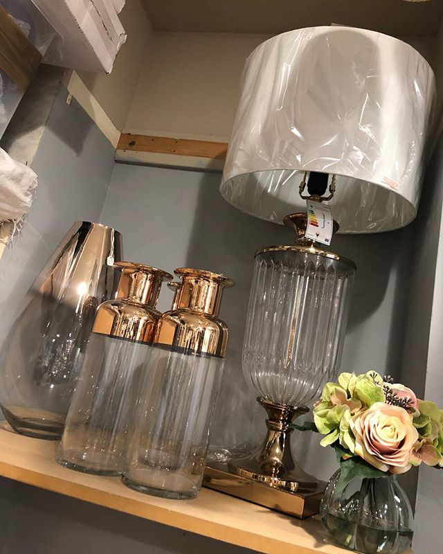 If copper is your colour we have a selection of lamps, vases and just arrived, presentation boxed cutlery 🍴
