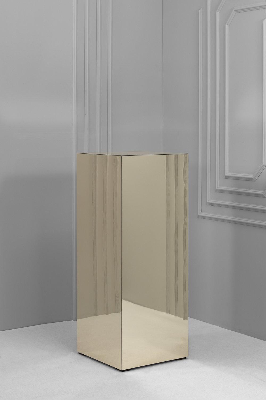 Mirror Plinth.jpg