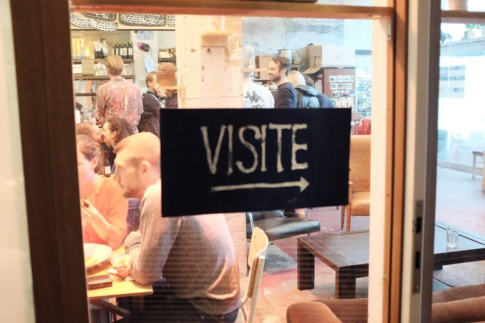 De Imagerie is: talloze vrijwilligers die zich inzetten voor onze ontbijten, onze diners, onze filmavonden, onze bar, merci!