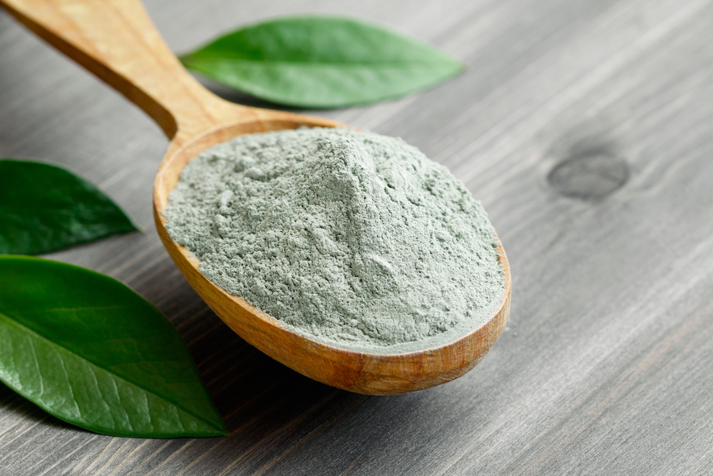 Green Clay Powder - Sicilian Green Clay, cleansing / detoxifying, draws out impurities and toxins from the skin. It is being extracted from uncontaminated caves in the Sicilian sea, it is very rich in minerals to nurture and regenerate the skin.