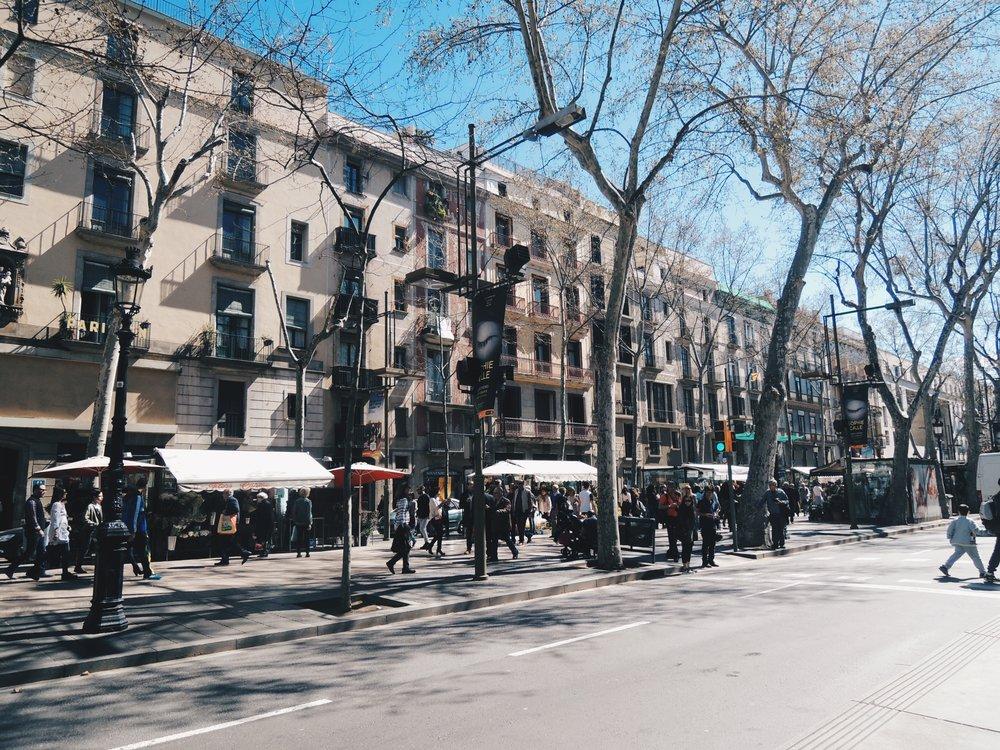 La Rambla — Barcelona's most popular walking promenade