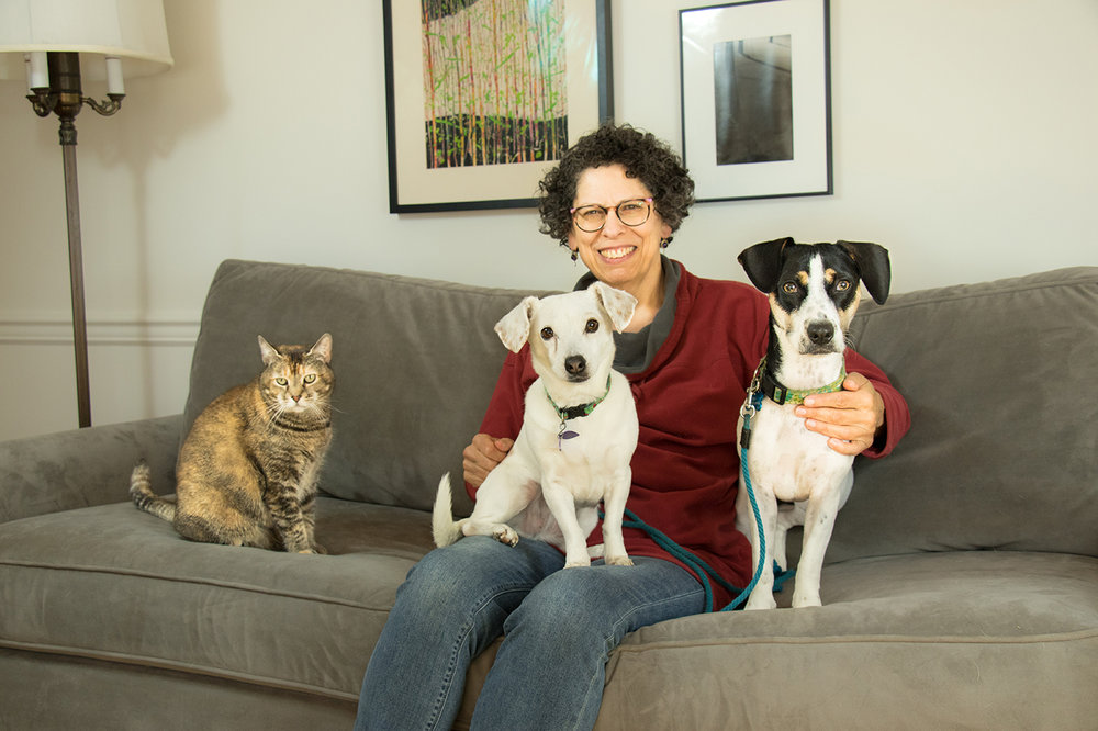 joanne-the-dog-lady-about-small-6.jpg