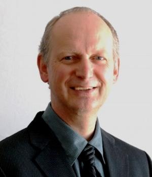 Hans Kandel - Headshot.JPG