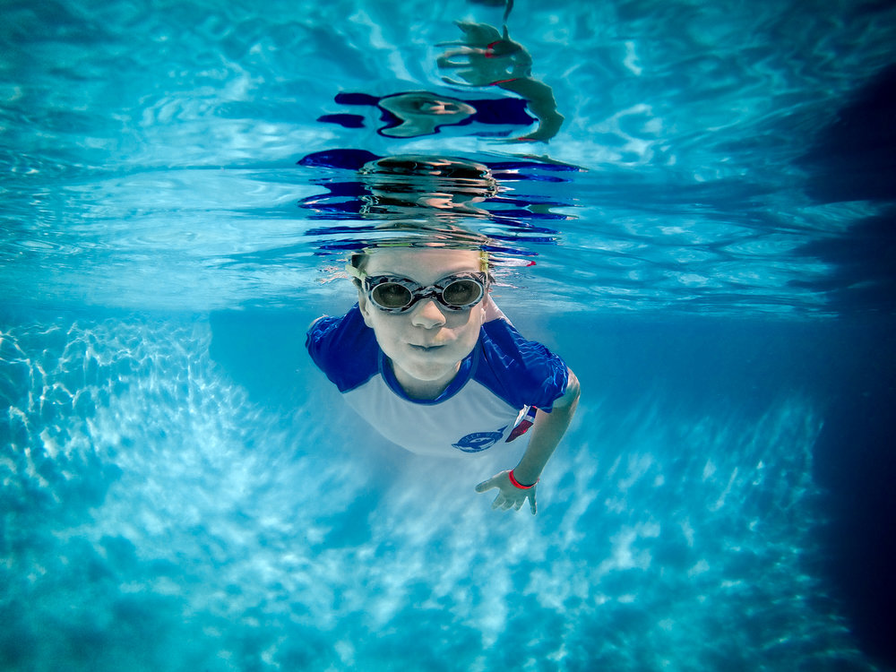 Underwater photography of children in Claremont, CA