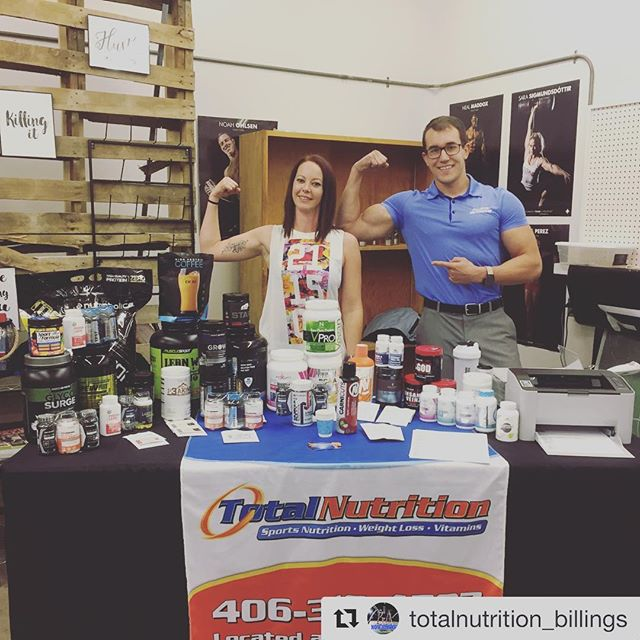#Repost @totalnutrition_billings (@get_repost) ・・・ Made the 224 mile road trip up to @crossfitglendive and had a great time with Sami, Sarah, and all your members! Awesome people and a well put-together box!📦If you're looking to get in shape and do some kipping in the Glendive area, I highly recommend checking them out!💪🏽🤗 And thanks again @sarahnicolet85 for the Celsius! It kept me awake and wide-eyed for the long drive back!😳👌🏼 . . #glendive #glendivecrossfit #kipping #celsius #roadtrip #totalnutrition #totalnutritionbillings