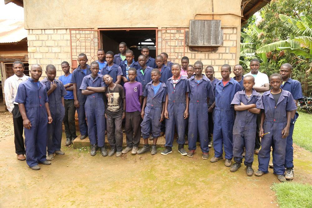 CARPENTARY STUDENTS (2).JPG