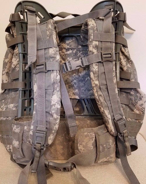 95f90f236d Rucksack Backpack MOLLE II Large Field Pack US Military Army