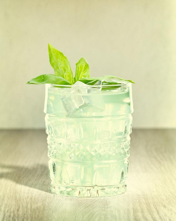 gin-basil-smash-cocktail.jpg