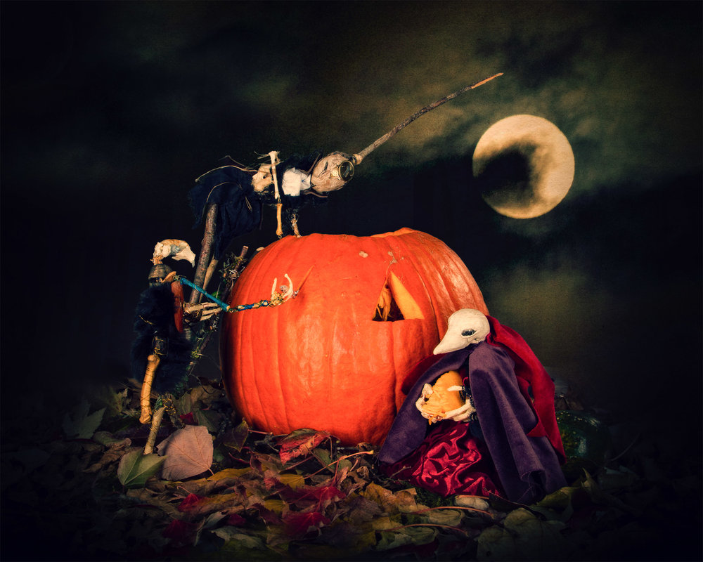 archive_Halloween at the Doll Haus_webshare_001.jpg