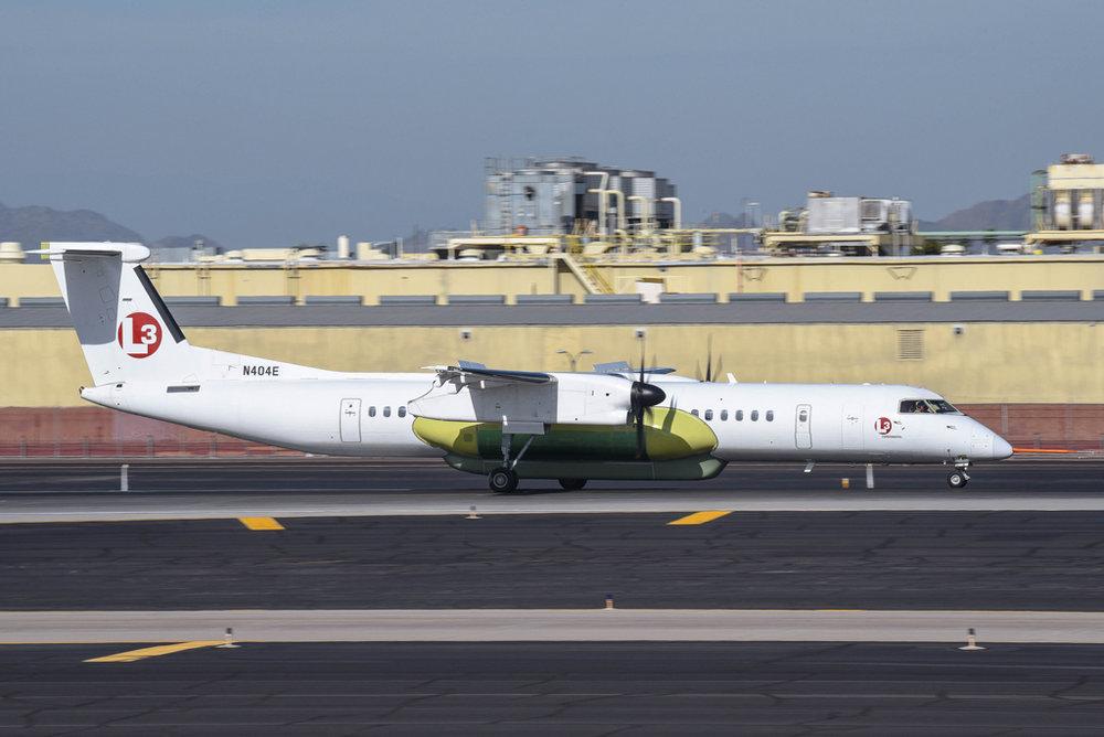 4067 DHC-8-402 (MMA) N404E L3 CommunicationsPhoenix, AZ 13-Dec-2016 Nomadyota Photo