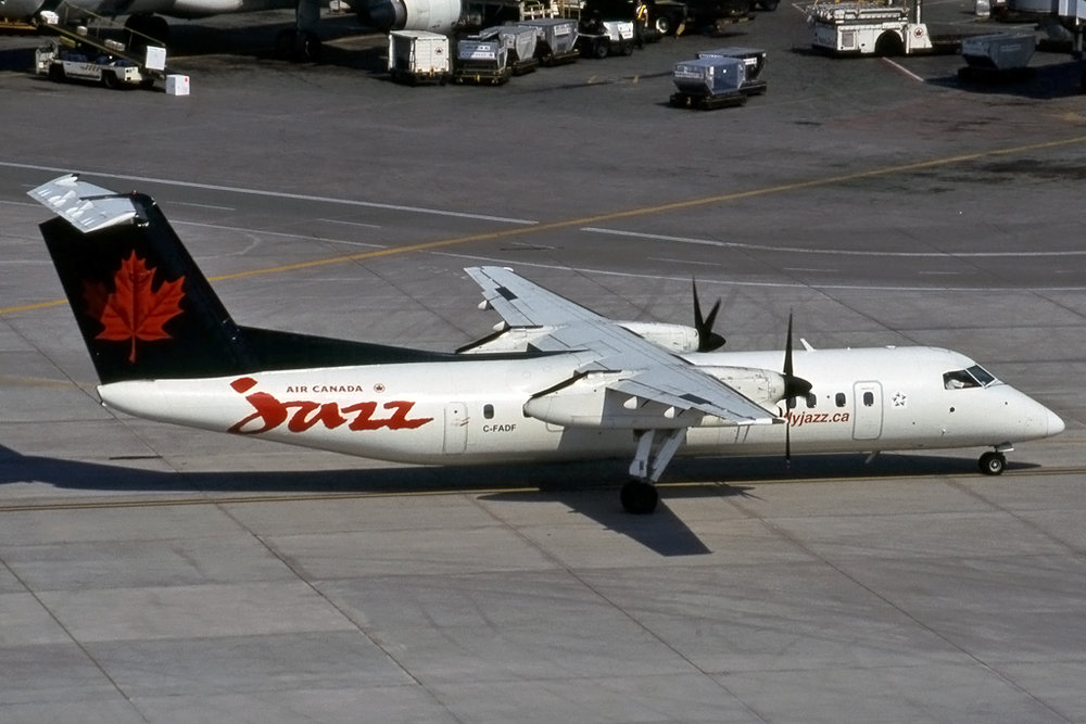 JPG1024_DHC_DHC-8_C-FADF_272_KEN_SWARTZ_TORONTO_03-JUL-2003_JAZZAVIATION.jpg